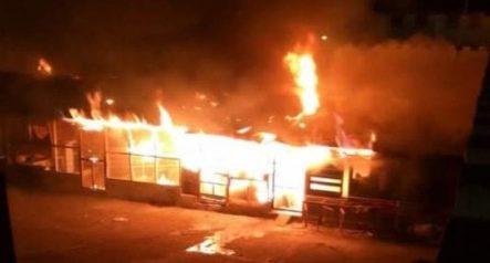 Incendio Provoca Daños Materiales En El Penal De La Victoria