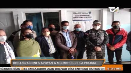 Organizaciones En Santiago Apoyan A Miembros De La Policía