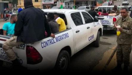 Autoridades De Migración Detiene A 120 Haitianos Indocumentados En Jarabacoa