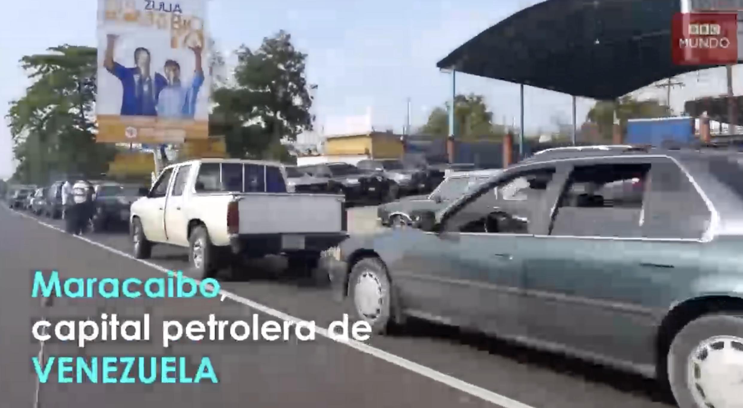 La Tortura De Echar Gasolina En Maracaibo Venezuela. Hasta 4 Horas Puedes Tardar En La Fila Para Llenar Un Tanque