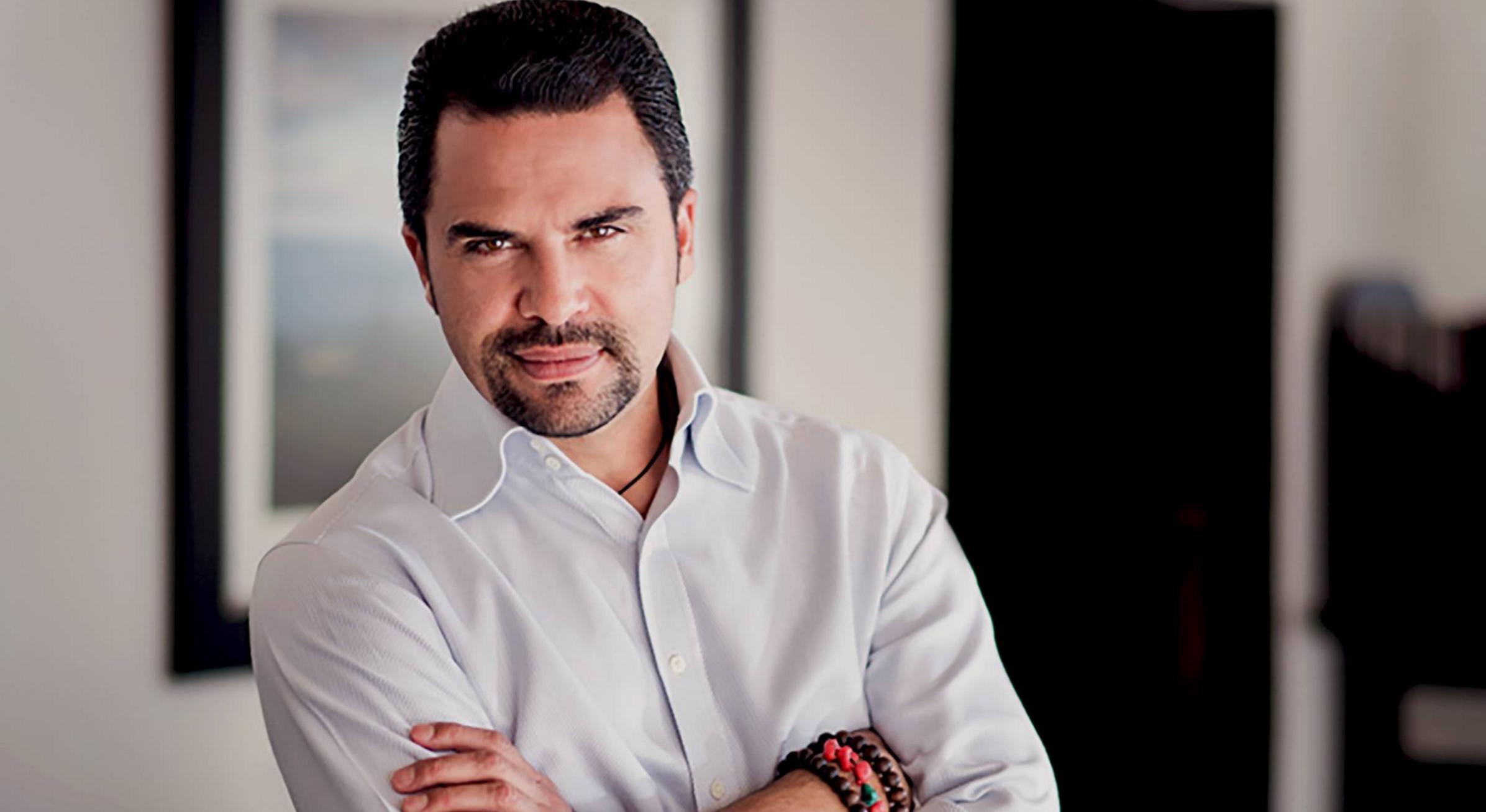 Confabulaciones Presenta Una Entrevista Especial Al Actor De Cine Manny Perez