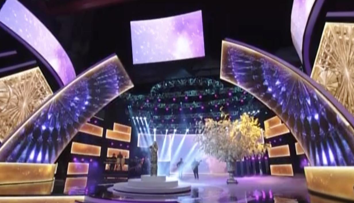 Emótiva Presentación De Yurí En Premios Soberano 2018