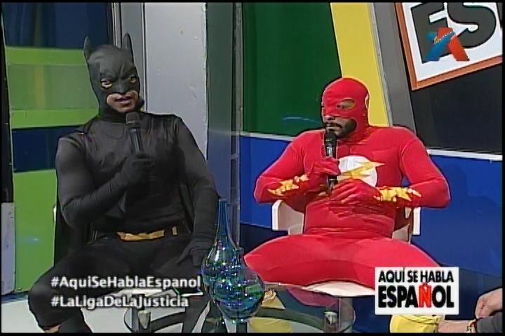 Entrevista A Batman Y A Flash En Aquí Se Habla Español