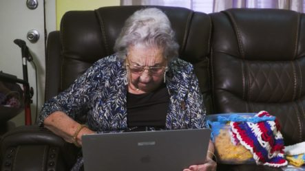 Por No Saber Usar El Internet, Algunos Adultos Mayores No Pueden Vacunarse