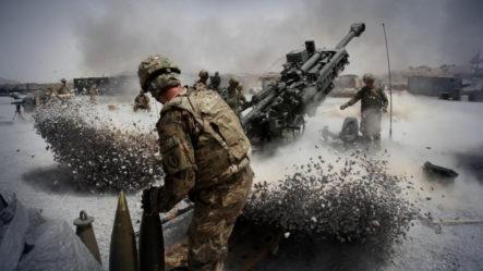 EE.UU. Lanza Un Ataque Aéreo Contra Talibanes En Afganistán
