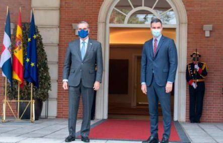 Luis Abinader Trata Con El Presidente De España Temas De La Pandemia