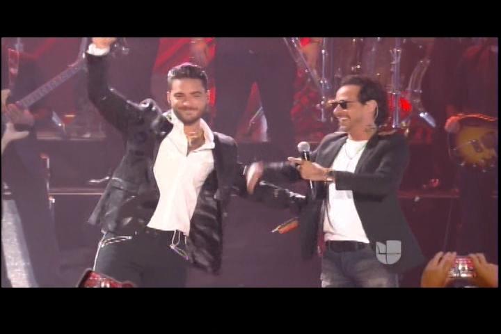 """Presentación Maluma Y Marc Anthony En Premios Juventud """"Felices Los 4"""""""