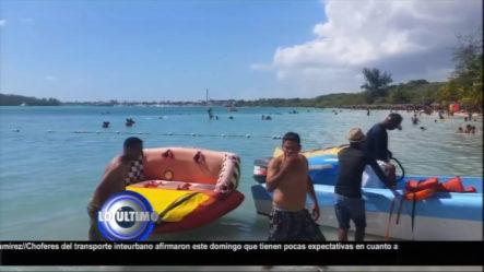 Ministerio De Turismo Prohíbe El Uso De Motor Y Embarcación Que Puedan Causar Peligro A Bañistas