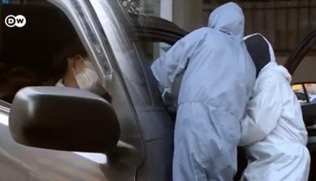 Personas Muriendo En Sus Vehículos Ante Colapso De Hospitales