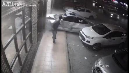 Se Salva A 'chepita' De Ser Aplastado Por Un Carro