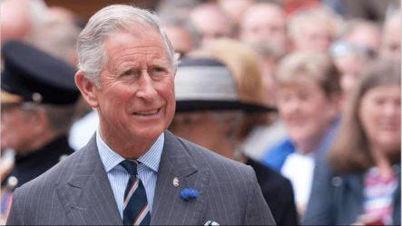 El Principe Carlos Da Positivo Al Coronavirus